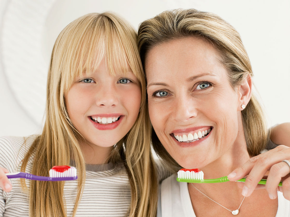 HanseMerkur Geschaeftstelle Bodensee Zahnzusatzversicherung Mutter Tochter